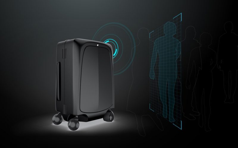 ce9a81675c3 Ovis  1st AI-Powered Suitcase Following by Side
